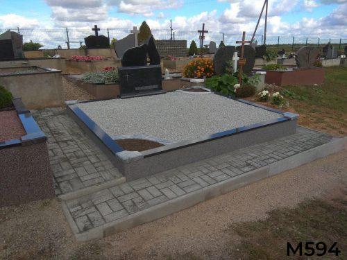 Vienos dalies paminklas kapo dekoravimas skalda, trinkelių klojimas