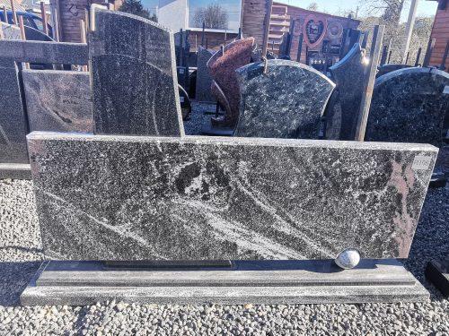Dviejų dalių paminklas Gabro Diabaz ir Ice Tundra